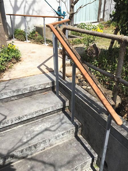 木製の屋外手すり施工事例02