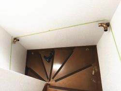 EWT11BF35で曲り階段に手すり取付画像02