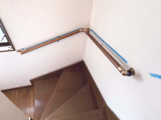 階段手すりの取付方法 手順画像02
