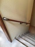 室内階段の手すり画像