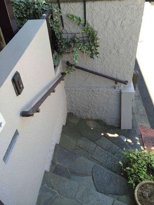 玄関手すりの取付工事1